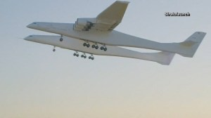 Plane with world's largest wingspan, the Stratolaunch, makes first successful flight