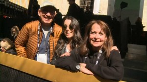 Fans excited for stars' arrival at 90th Academy Awards