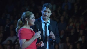 Justin Trudeau, Sophie Gregoire Trudeau pay homage to the late Canadian icon Leonard Cohen