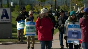 Ontario college students stuck in the middle, amidst pivotal strike vote