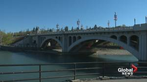 Green Line project team favours a tunnel under the Bow River (01:39)