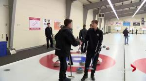 Saskatoon High School Huddle: curling action