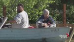 Grand Forks residents escape rising floodwaters