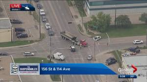 Police investigate serious crash in northwest Edmonton