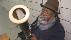 Toronto busker reunited with missing bassoon