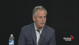 Willie Desjardins says goodbye after being fired as Canucks coach