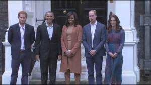 Obama's arrive at Kensington Palace for visit with Royal Family