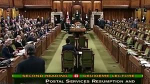 Senators debate back-to-work bill for striking Canada Post workers (03:32)