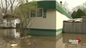 Quebec floods: Île Bizard residents forced out of homes