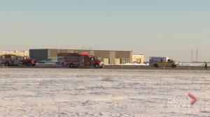 Semi crash ties up traffic on north Perimeter early Tuesday (00:32)