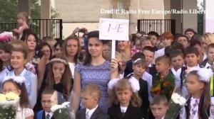 Raw video: First day of school for children across Ukraine