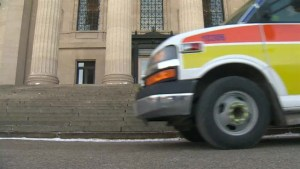 Province freezing Winnipeg ambulance funding: Mayor Brian Bowman
