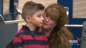 6-year-old Edmonton boy honoured for saving his diabetic mother's life