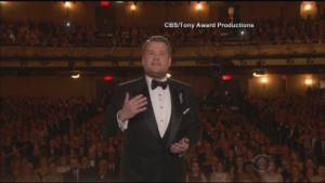 Tony Awards kicks off show with tribute to victims of Orlando nightclub shooting