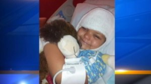 6-year-old recovering after stranger lights her hair on fire
