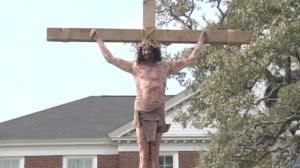 South Carolina man recreates crucifixion of Jesus for Easter