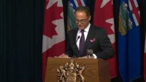 Alberta finance minister says Fort McMurray wildfire added to Alberta's climbing deficit (01:56)
