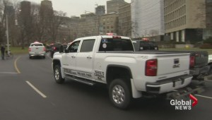 Hundreds of tow trucks descend on Queen's Park for protest