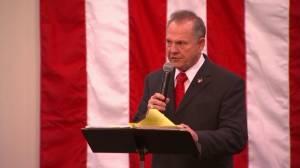 Roy Moore digs in heels on accusers during final rally before vote