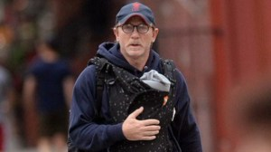 Piers Morgan shames 'emasculated' Daniel Craig for carrying daughter in 'papoose,' dads fire back