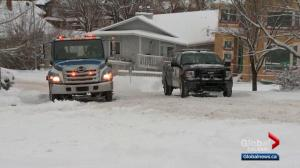 Calgary snowfall leads to slow commute