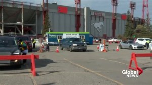 'Overwhelming response' on day one of drive thru voting in Calgary