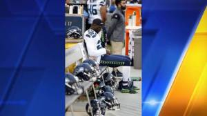 Seattle Seahawks' Jeremy Lane joins 49ers Colin Kaepernick in anthem protest