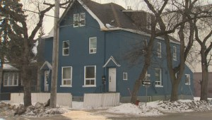 Three people die in Winnipeg house fire