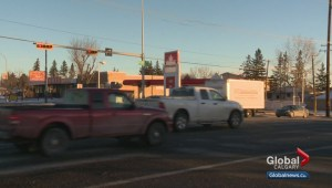 Pedestrian hit by vehicle in Calgary suffers serious injuries