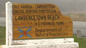Volunteers refurbish Lawrencetown Beach House