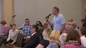 REM officials, Pointe-Claire mayor reassure residents 'no extra dues'