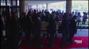Aretha Franklin funeral: 'Queen of Soul's' casket loaded into hearse