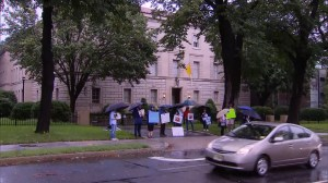 Protest held outside Washington D.C. clergy as pressure builds on Catholic church in wake of scandal