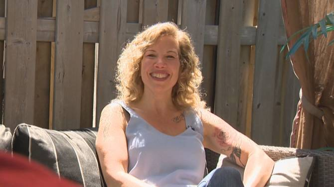 'I'll swear for you': GTA mother searches for Vancouver nurse who cursed, cared for her