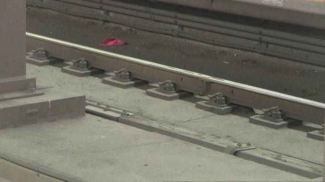 TTC launching campaign to keep people from going on tracks to retrieve dropped belongings