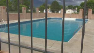 3 and 6-year-old sisters along with 17-year-old babysitter drown in pool in Colorado