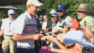 Canadian Jared du Toit steals show at RBC Canadian Open and will be in Sunday`s final pairing