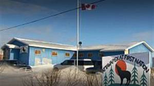 Housing, bullying, lack of mental health workers contributing to Attawapiskat suicide crisis (01:05)