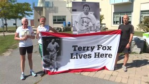Cancer can't stop this woman from joining in the Terry Fox Run