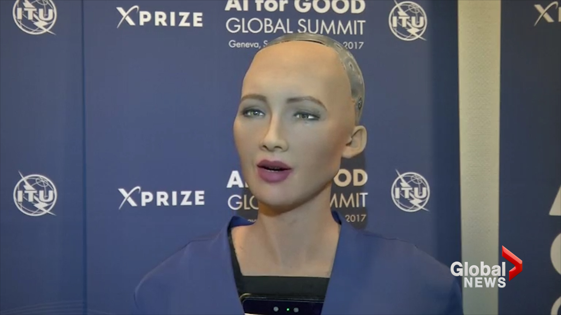 Saudi Arabia grants citizenship to a robot