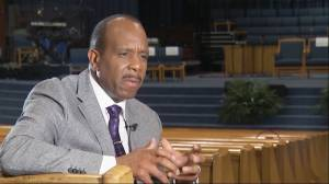 Pastor for Aretha Franklin's funeral wants people to walk away with 'spiritual experience'