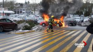 Car fire lights up Vancouver Superstore parking lot