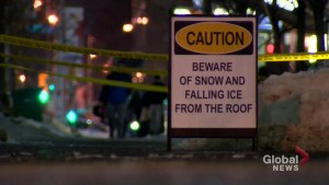 As temperature rises in Toronto, police warn of falling ice
