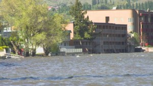 Osoyoos hotel, RV park latest to evacuate due to flooding