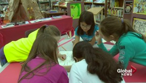 Elementary school students ready to welcome Syrian refugees