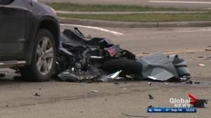 Fatal collision shuts down Mill Woods Road in southeast Edmonton (00:22)