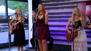 "Country trio Runaway Angel performs ""Hard to Get"""