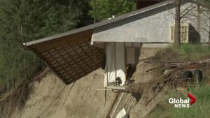 House collapses on the banks of Kettle River