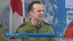 Winnipeg-based soldier died from possible parachute malfunction, says 17 Wing commander (01:37)