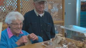Elderly couple celebrates 3 decades of sweet success at Old Strathcona Farmers' Market
